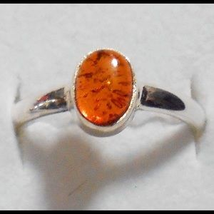 Jewelry - Vintage Baltic Amber in sterling silver ring!